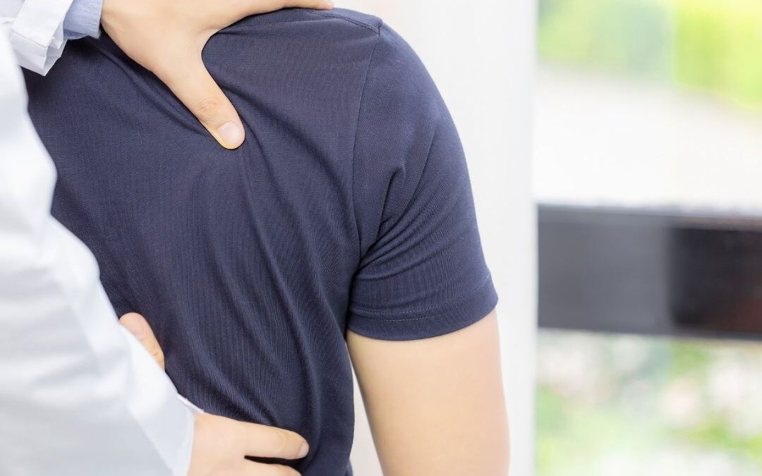 What Exactly is a Chiropractor and How Can They Help Me?